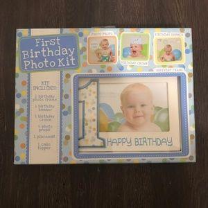 First birthday baby photo kit